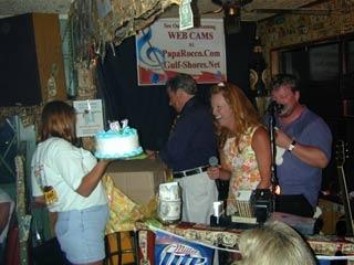 2004_birthday_party_pics_17_20090803_1383046064